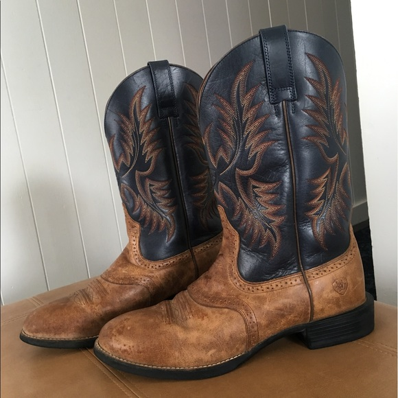 5e1ee7b1134 EUC Ariat Heritage Stockman Round Toe Cowboy Boots
